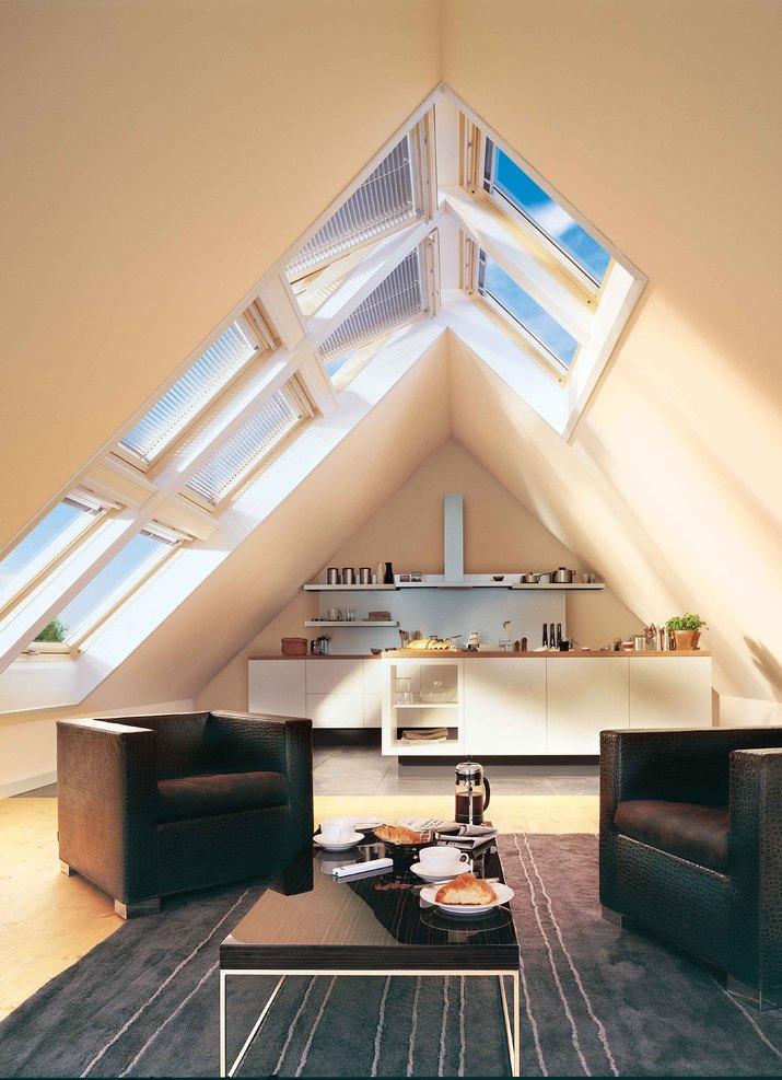 Henke Zimmerei für Rinteln - VELUX Deutschland GmbH: Ein Dachausbau schafft neuen Wohnraum unter dem Dach. Und mit den richtigen Dachfenstern von VELUX wird es auch schön hell