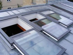 Henke Dachdeckerei und Zimmerei in Obernkirchen - Dachschiebefenster DayLight AC 100