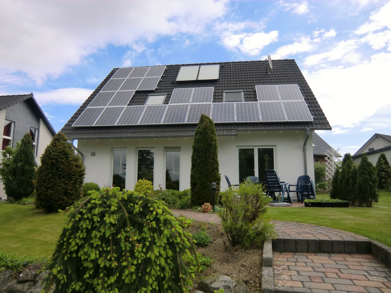 photovoltaik anlage 5 39 kwp in aerzen landkreis hameln. Black Bedroom Furniture Sets. Home Design Ideas