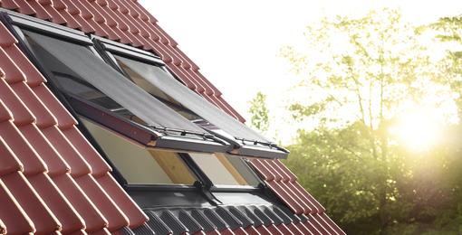 Henke Dachdecker für Bielefeld - VELUX Deutschland GmbH: Effektiven Schutz vor sommerlicher Hitze können nur außenliegende Lösungen wie Hitzeschutz-Markisen gewährleisten