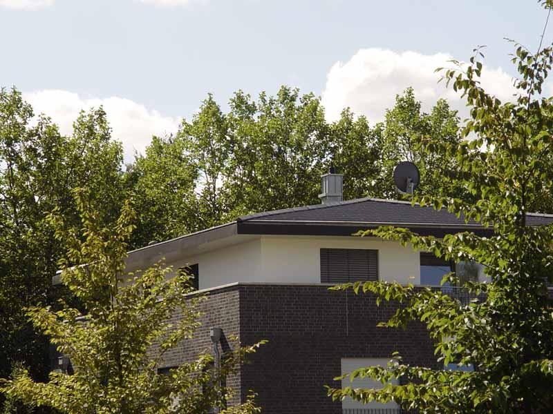dacheindeckung mit tondachziegeln in bad oeynhausen heinrich henke gmbh dachdeckerei. Black Bedroom Furniture Sets. Home Design Ideas