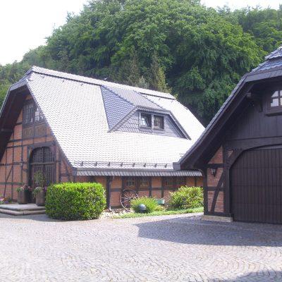 Henke Dachdecker - Dacheindeckung mit Biberziegeln in Minden (Landkreis Minden-Lübbecke)