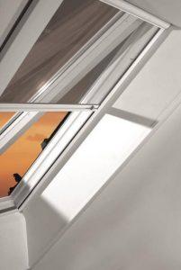 Henke Dachdecker für Bad Nenndorf - Insektenschutzrollo schützt vor Flug- und Krabbeltieren / Kombination mit weiterer Ausstattung jederzeit möglich