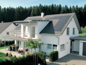 Henke Dachdecker für Rinteln - Nachhaltig und umweltbewusst bauen: Moderne Dacheindeckungen punkten mit ökologischen Vorteilen bereits in der Produktion.
