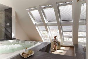 Henke Dachfenster für Stadthagen -Natürlicher Energiekick zur Entspannung - Tageslicht, frische Luft und eine Aussicht, die den Kopf frei macht.