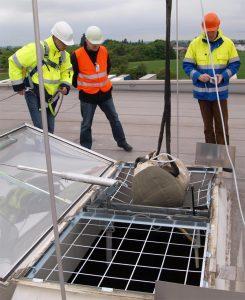 Henke Dachdecker für Stadthagen - JET-Gruppe Durchsturz-Sicherheit für Lichtkuppeln