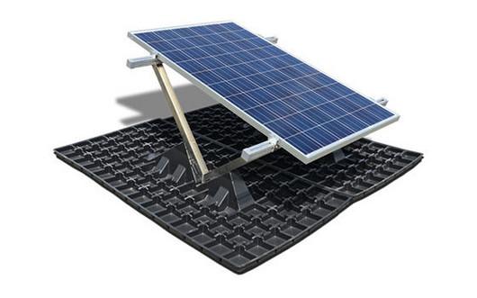 Henke Dachdecker für Bückeburg - Bauder Solar Gründach Unterkonstruktion