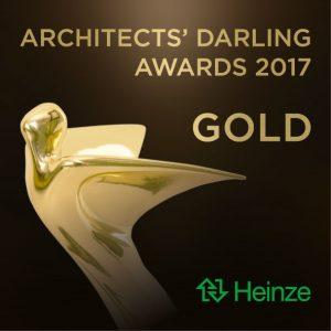 """Henke Dachdecker in Obernkirchen - """"Architects' Darling 2017"""" vergoldet Braas Produktaward in der Kategorie """"Steildach/Steildachdeckungen"""""""